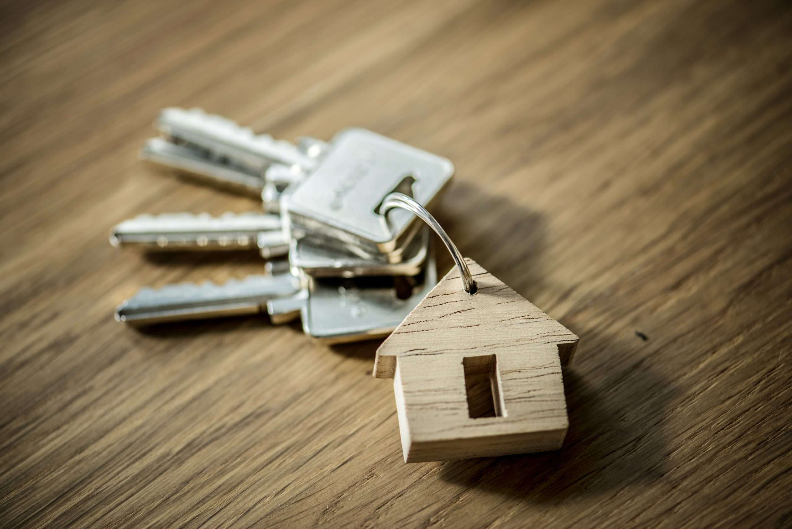 Zelf je woning verkopen, huis verkopen, makelaar, wonen in de regio